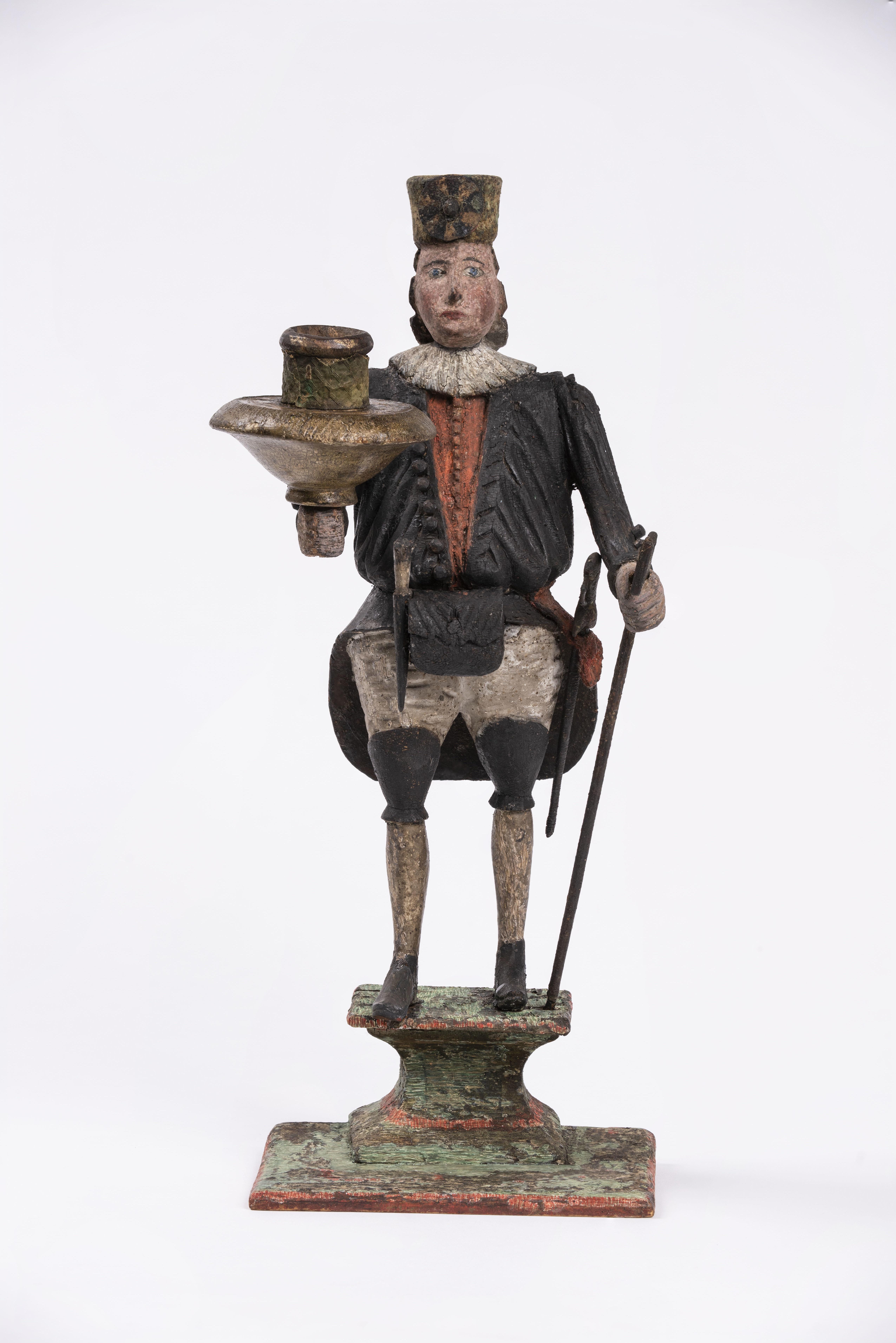 Ältester im offiziellen Habit von 1719, geschnitzt und gefasst kurz nach 1719.